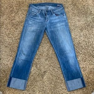 Citizens washed jeans